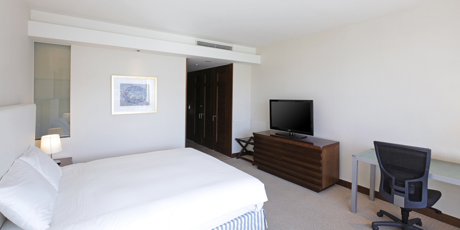 Main Deluxe Room View9